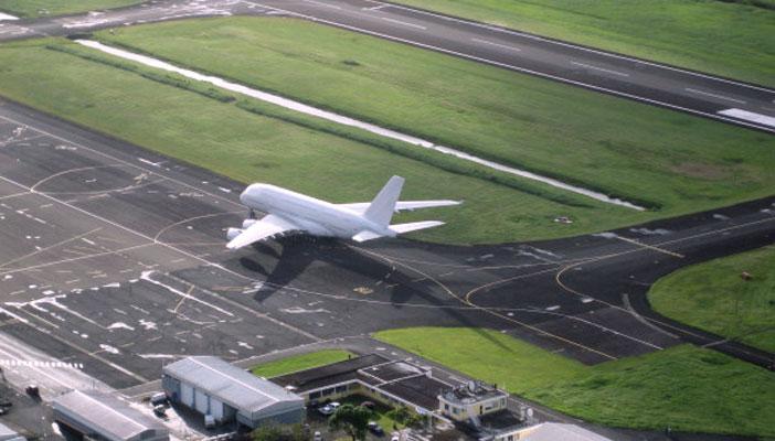 Aeroport-Pole-Caraibes-Airbus-A480